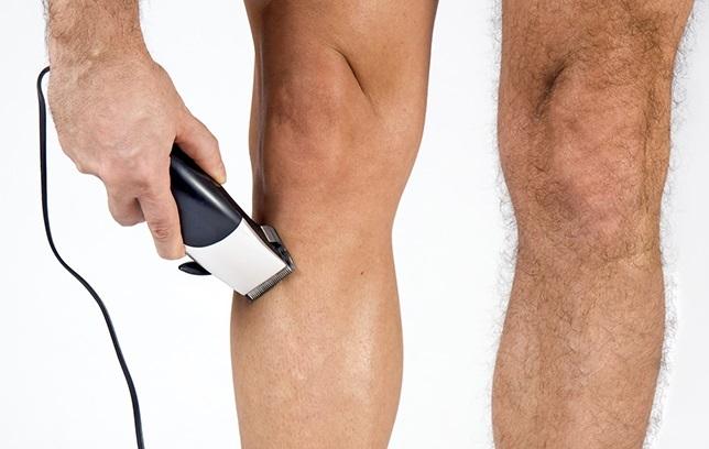 Чем брить ноги девушкам