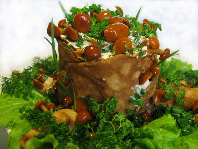 Красиво украшенные салаты и рецепт