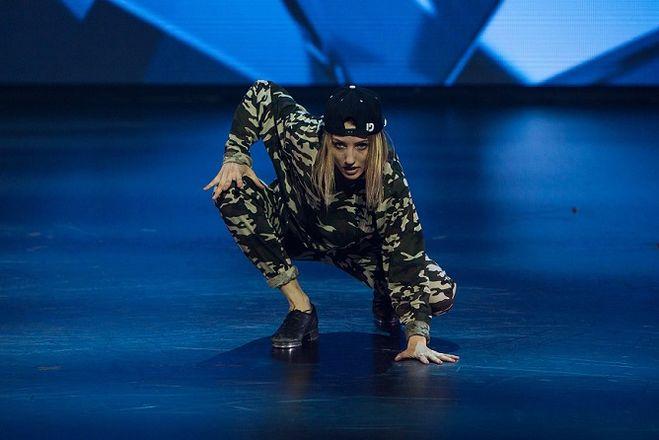 Юля Косьмина, танцы на тнт, 4 сезон, вконтакте, возраст