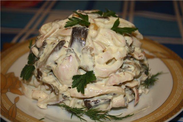 рецепты салатов с кальмарами и яблоками