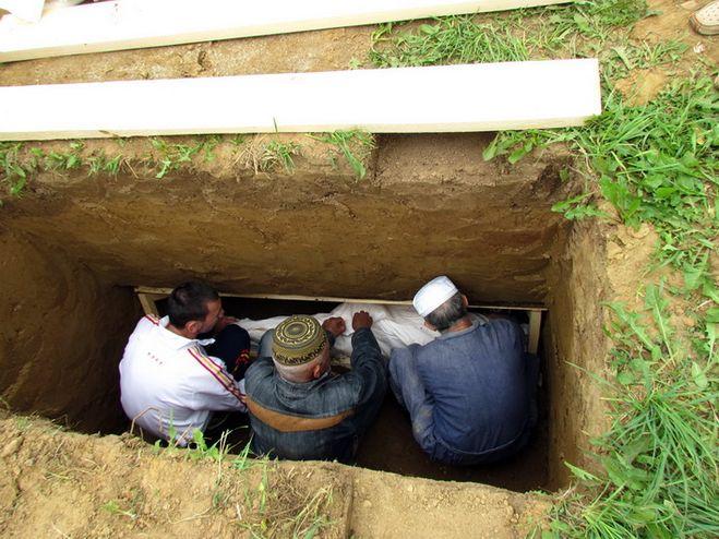 еще один мечеть уходит под землю во сне термобелья