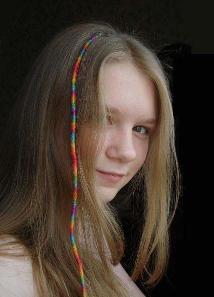 Как плести расточки на волосах из мулине - видеоурок, фото?