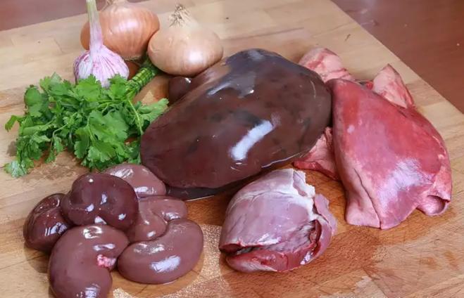 Сколько нужно готовить свиную печень