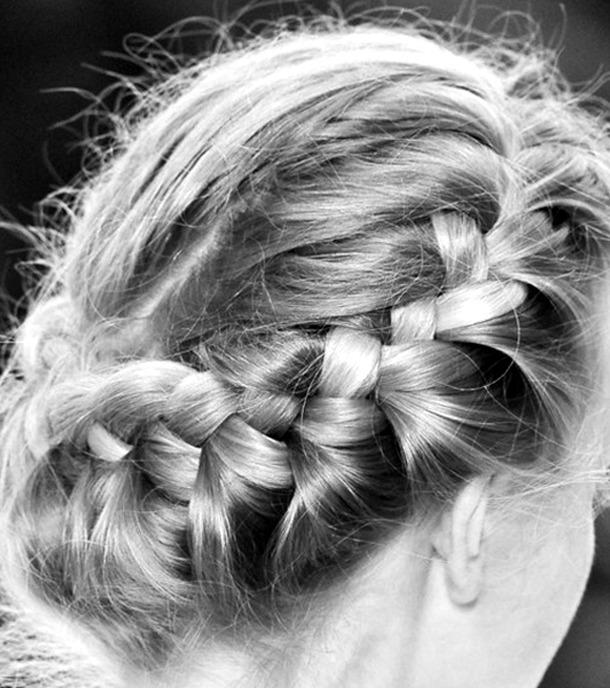 Прически плести на средние волосы