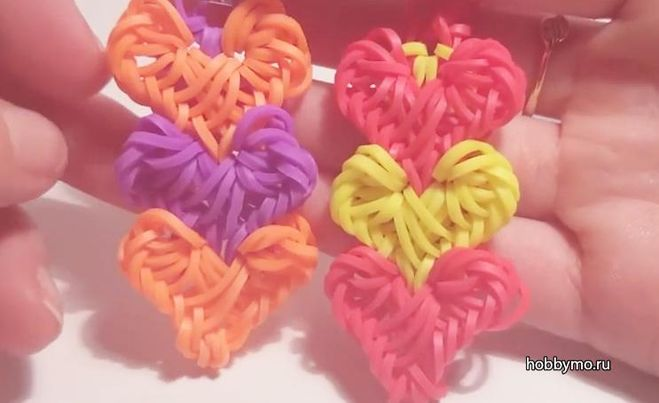 Браслеты из резинкой на станке сердечки