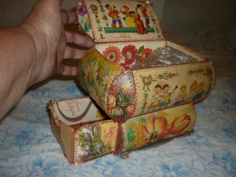 Шкатулки и коробочки из открыток 55