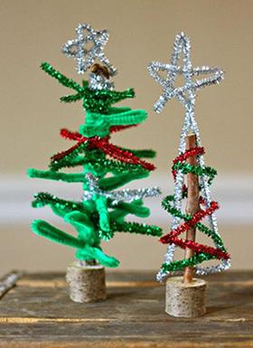 елка с детьми из синельной проволоки