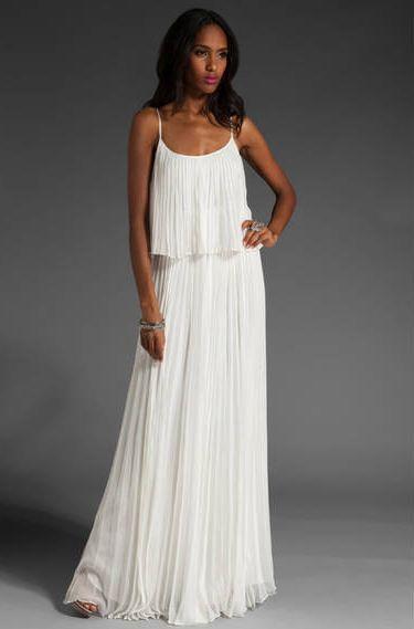 Платье из гофрированной ткани фото