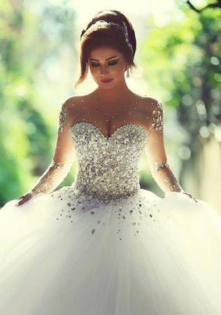 Почему свадебное платье белого цвета? откуда взялась это традиция?
