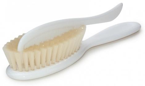 текст при наведении - щёточка и расчёска для волос