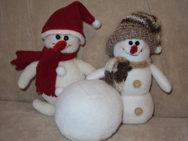 Сделать снеговика своими руками из синтепона