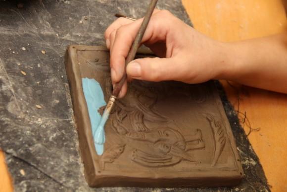 Какой краской красить глиняные поделки 39