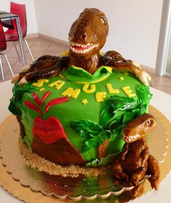 Как сделать из пластилина динозавра видео
