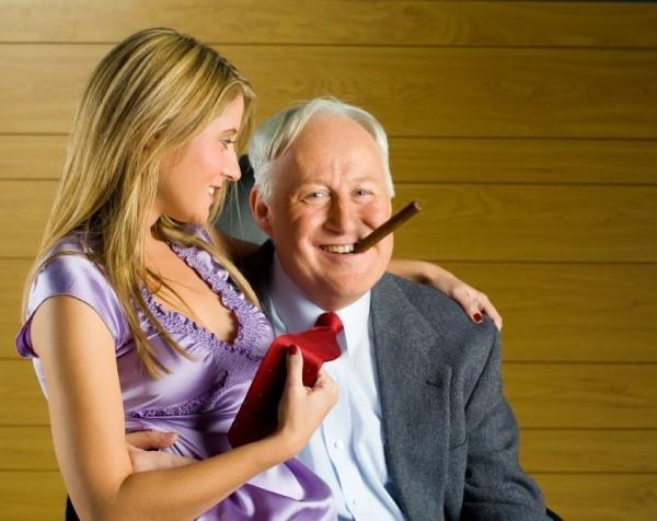 пожилые с молоденькими порно фото