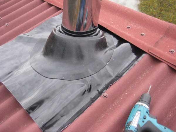 гидроизоляция печной трубы на шиферной крыше руководителя