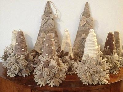 сделать на Новый год поделку в виде елки из джута, шпагата Как украсить елку из джута, шпагата