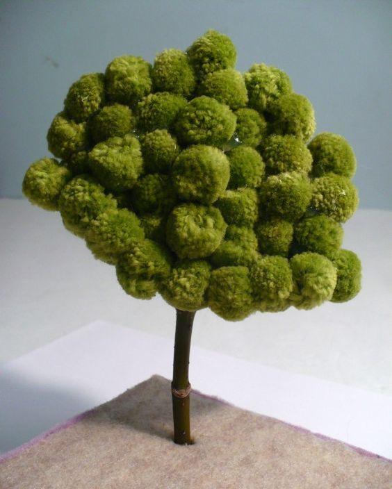 поделка дерево из помпонов