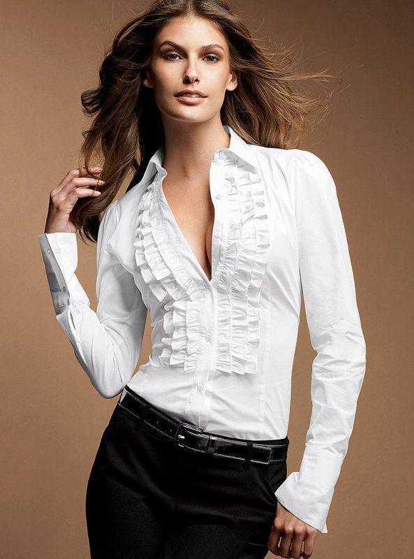 Расстегивает блузку смотреть онлайн фото 161-261
