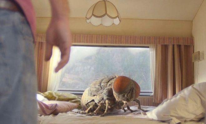 Жвалы муха гигант фильм 2021 кадры
