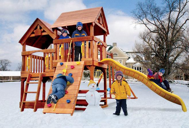Зимняя площадка с детьми рисование