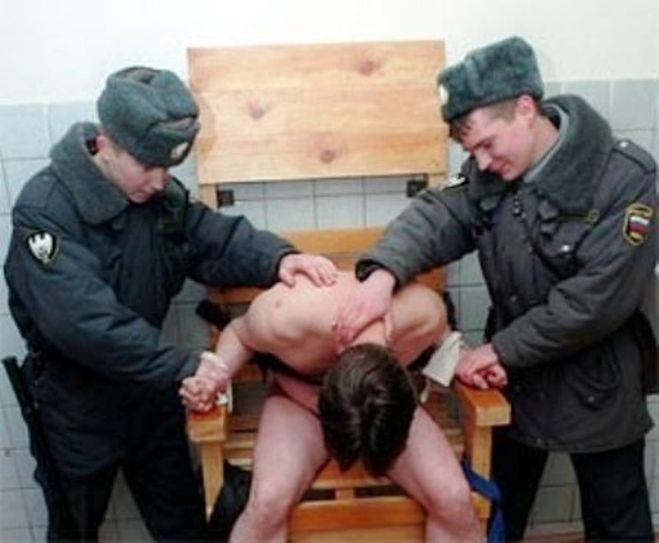 За избиение какой проституток срок дают полиции