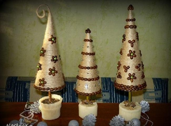 Елку из джута, шпагата своими руками на Новый год как сделать, украсить?