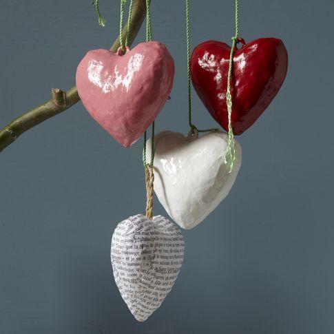 сердце из бумаги в технике папье-маше