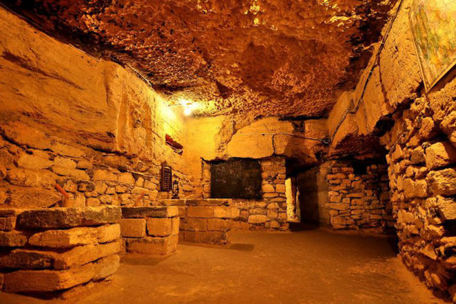 Кем были построены одесские катакомбы