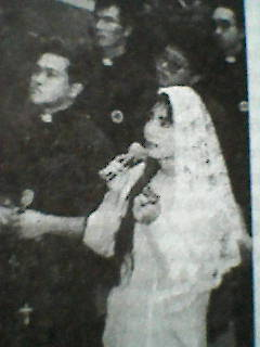 Боговидица Мария Роза во время Откровения Б.М. Хиросима, Япония.