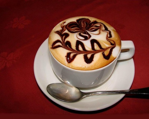 Как нарисовать чашку с кофе карандашом поэтапно?: http://www.bolshoyvopros.ru/questions/881691-kak-narisovat-chashku-s-kofe-karandashom-poetapno.html