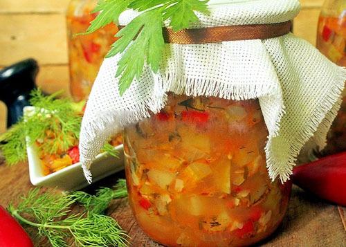 Салат из сладкого перца и кабачков в мультиварке на зиму
