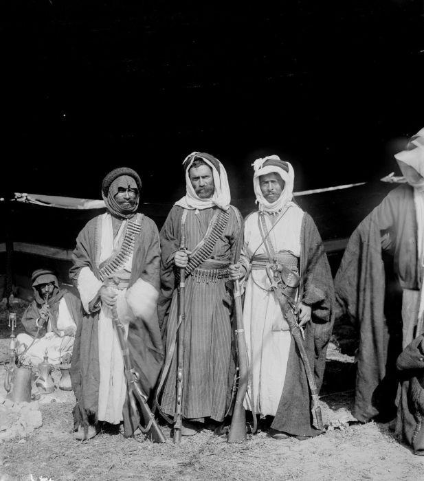 Арабские геи бедуины видео онлайн