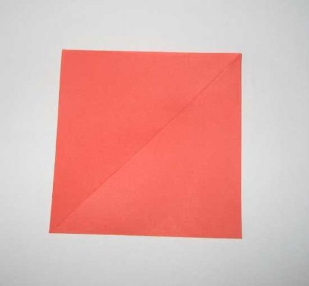 Как сделать красивый объемный цветок из бумаги