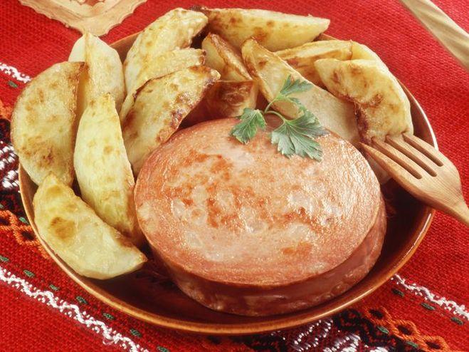 Что приготовить с колбасой