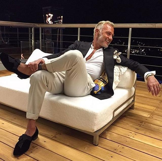 Джанлука Вакки - итальянский танцующий миллионер в студии
