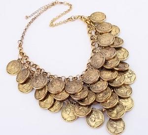 Украшение из монет 7 букв монеты 2001г