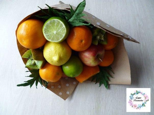 оригинальный букет учителю на 1 сентября, букет из фруктов для учителя, букет на день знаний
