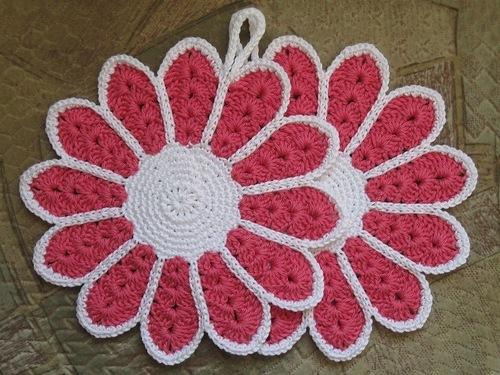 Вязание крючком прихватка с цветком 429