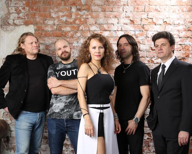 Группа Архипелаг и Юлия Андреева