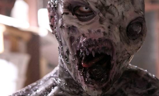 ужас Под кроватью 2012