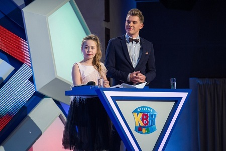 Таисия Маслякова ведущая Детский КВН дочка Сан Саныча Маслякова