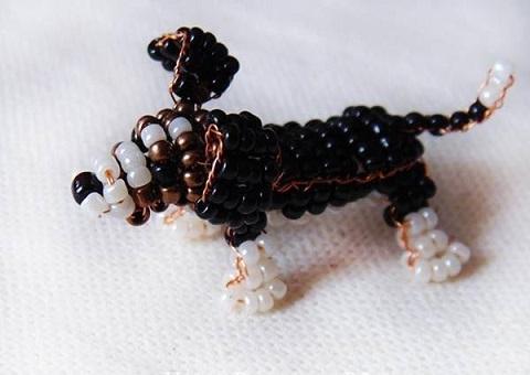 сделать собаку из бисера, схема плетения своими руками