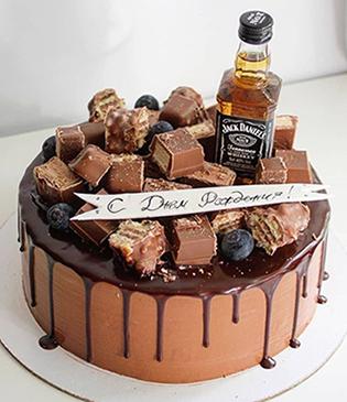 Торт на день рождения с виски и шоколадками для Него