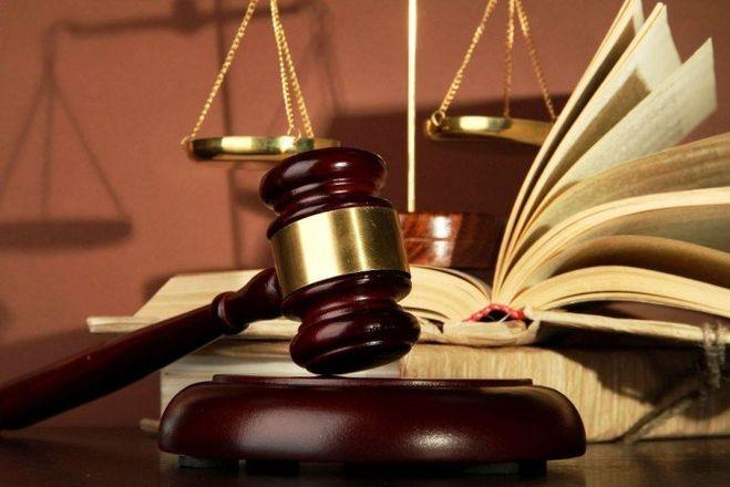 У кого зарплата больше - у судьи, прокурора или адвоката?