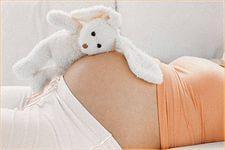 Какие пособия и выплаты положены неработающим беременным в 2015 - 2021 гг?