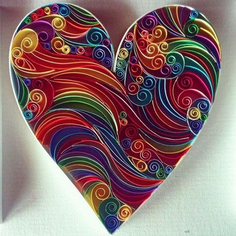 поделка сердце своими руками на день Святого Валентина квиллинг