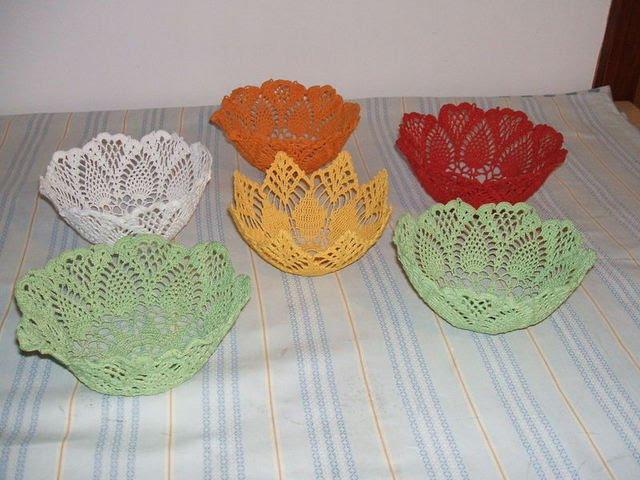 Вязание крючком салфетки под вазу 19