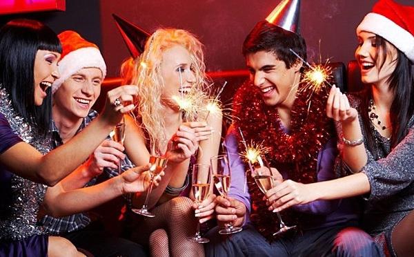 Сценарий на Новый год 2017 Петуха, где найти?