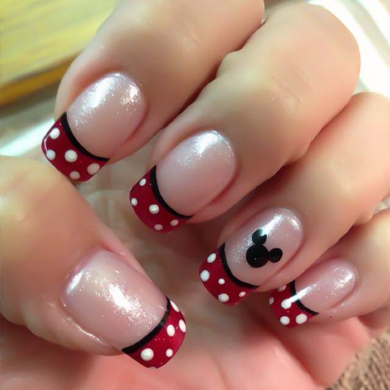 Рисунок на ногтях красный на розовом