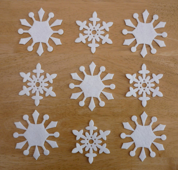 Снежинки из синтепона своими руками фото